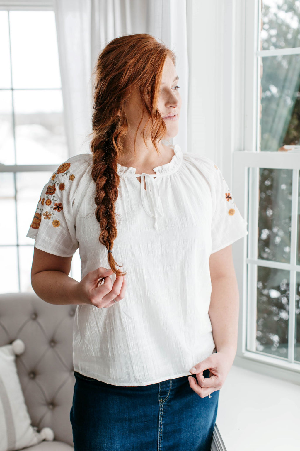 'Hollyn' Floral Embroidered Sleeve Top in Ivory