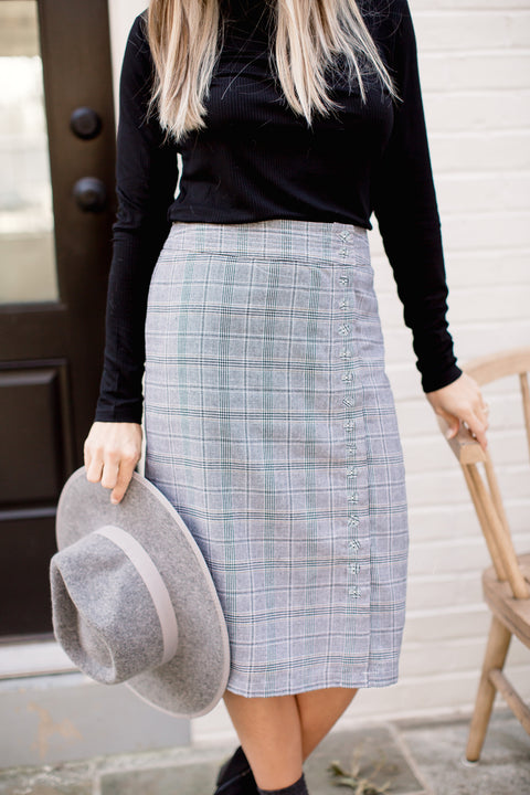 'Alicia' Skirt in Gray Plaid