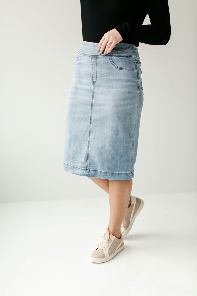 'Sara' Classic Knee Length Light Wash Denim Skirt