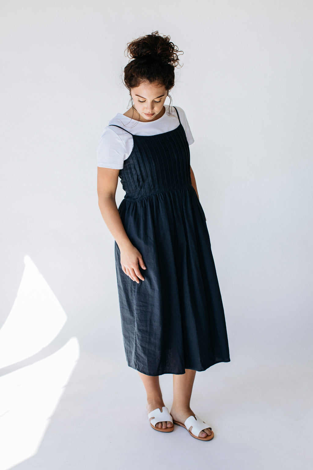 'Cheyanne' Pleated Midi Dress in Blueberry