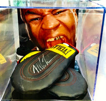 Load image into Gallery viewer, Manoplas y Cinta de Box | Mike Tyson