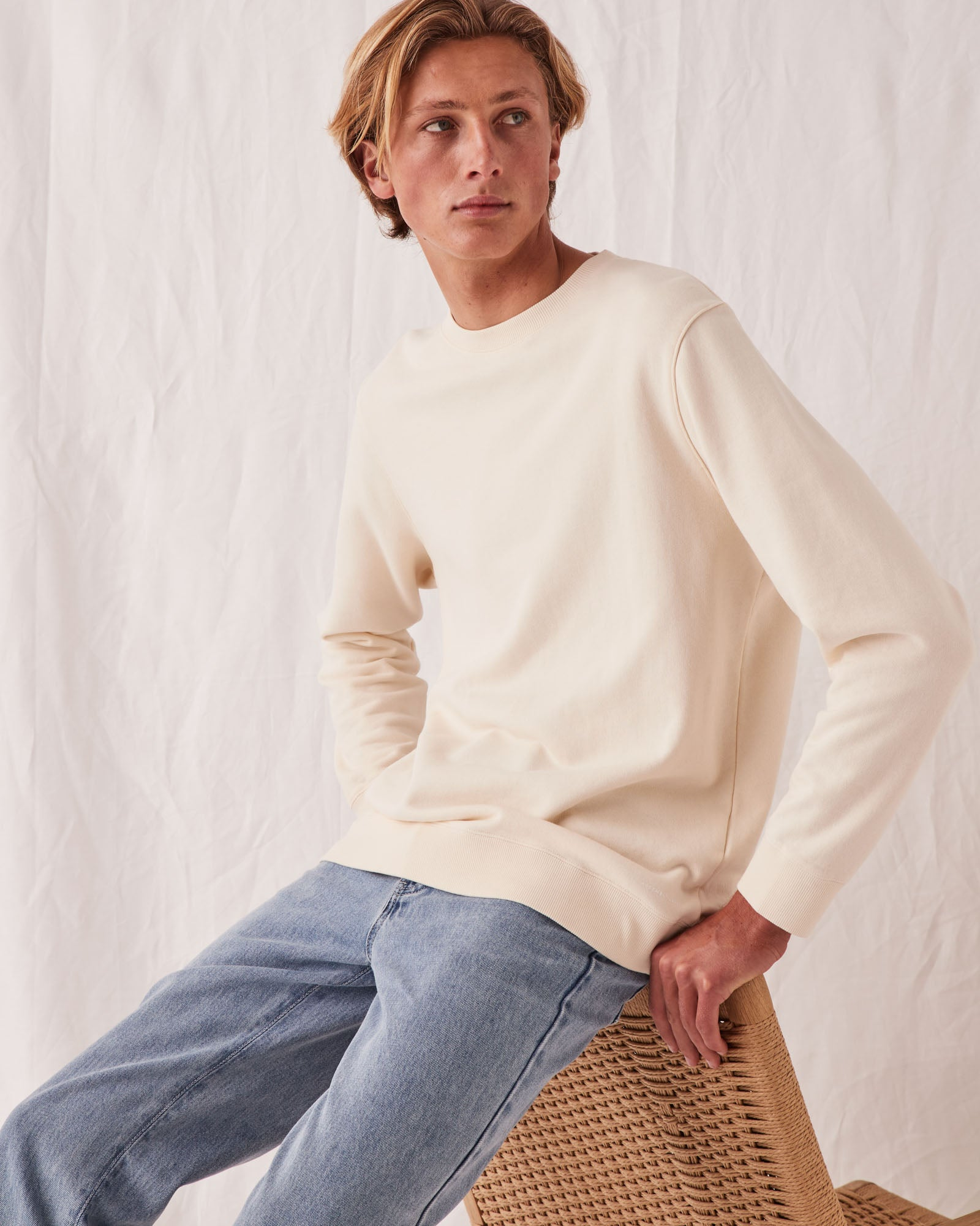 Basic Crew Pullover Natural