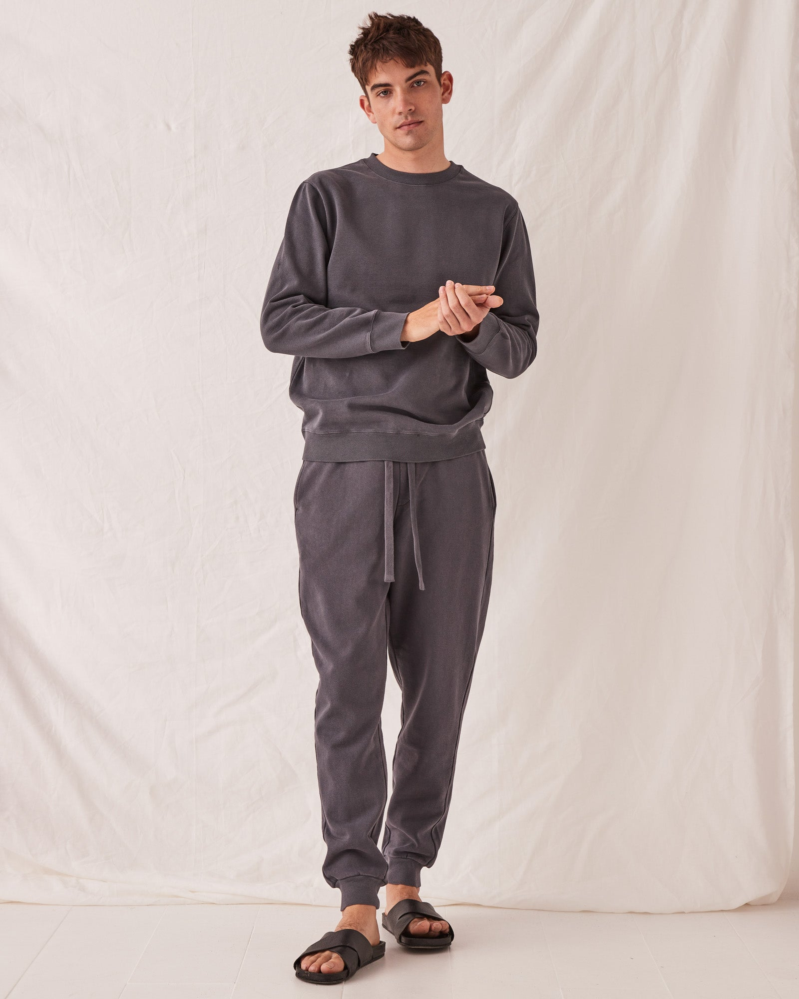 Reeve Lounge Sweat Charcoal