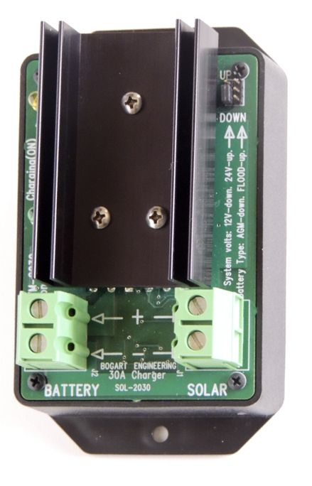 SC-2030 Solar/DC Charger