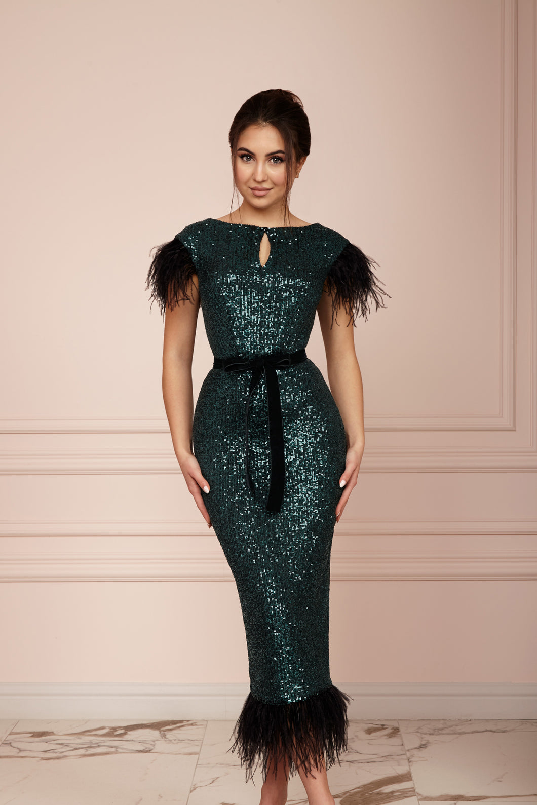 MALLINY ICON Emerald Green Sequin Midi Dress with Black Feathers