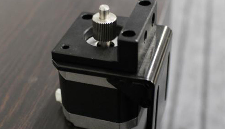 "stepping motor  review from Danmark ""Fast strong motor Good stepper for price."""