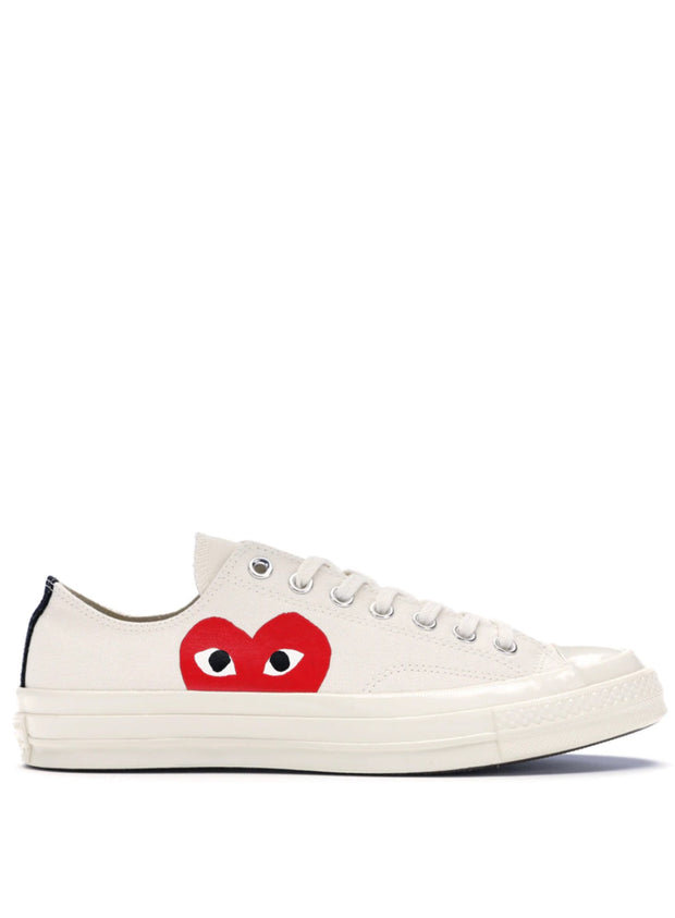 COMME DES GARÇONS PLAY | Unisex Chuck Taylor 1970s Low-Top Sneakers in Off White