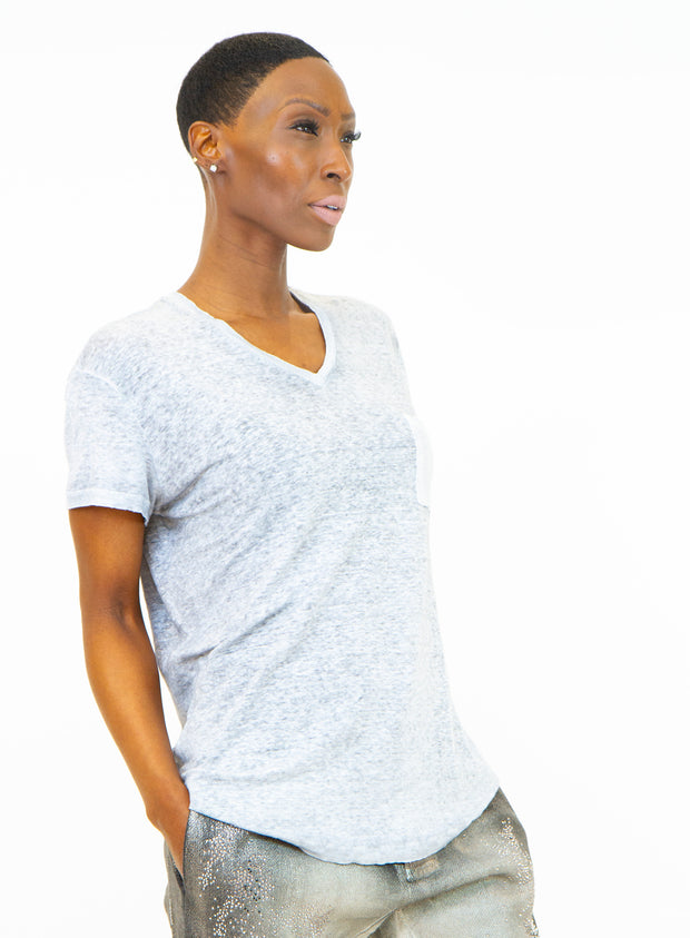 AVANT TOI | V-Neck T-Shirt in Light Grey