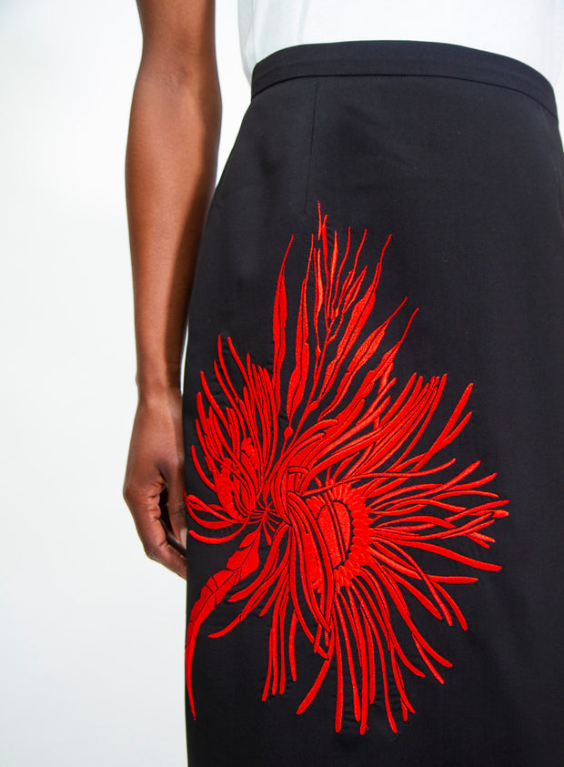 N°21 | Embroidered Pencil Skirt