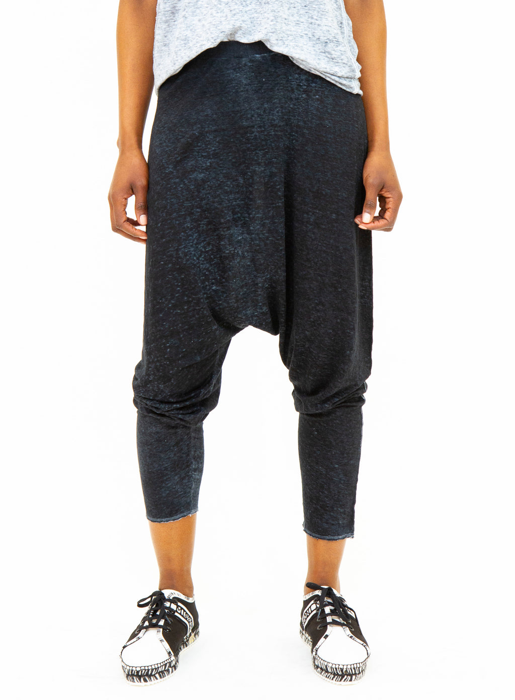 AVANT TOI | Harem Floating Jogging Pants
