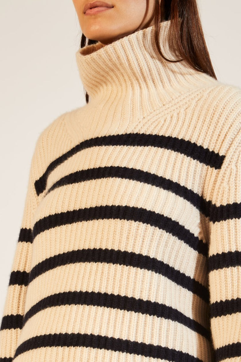 KHAITE | The Molly Sweater in Bone and Navy