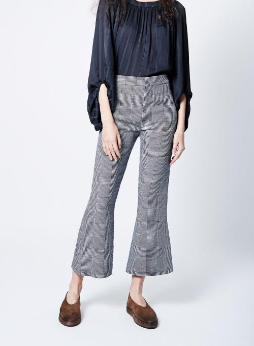SMYTHE | Cropped Kick Flare Pants in Black and White Plaid
