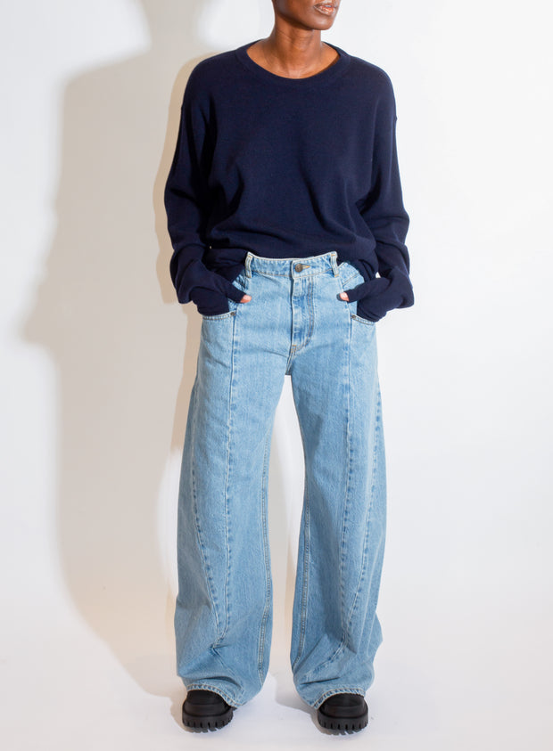 MM6 | Light-Wash Jean