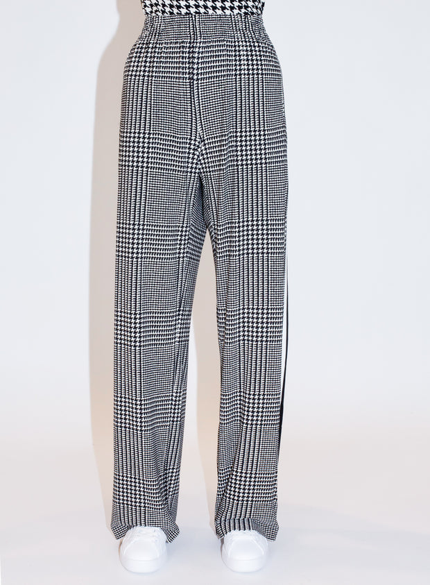 NORMA KAMALI | Side Stripe Sweatpant in Plaid