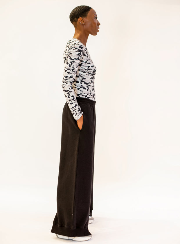 MM6 MAISON MARGIELA | Slit Detail Track Pants in Black