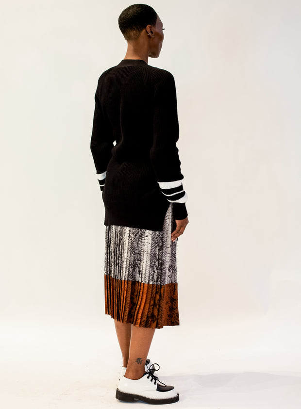 N°21 | Snake Print Pleated Skirt