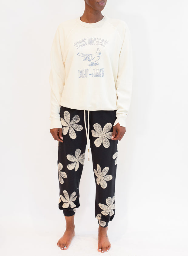 THE GREAT | The Cropped Sweatpant w/ Daisy Stamp in Washed Black