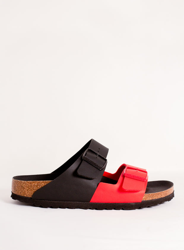 BIRKENSTOCK | Arizona Split Sandal in Black and Poppy Red