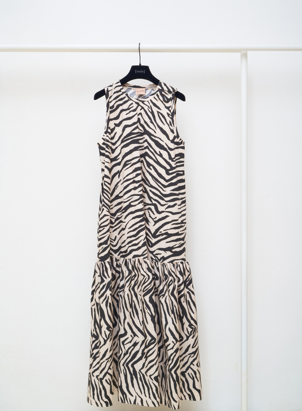 (NUDE) | Zebra Dress in Black and White