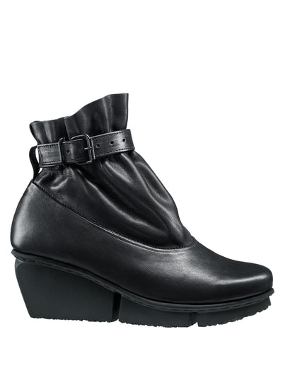 TRIPPEN | 'Clasp F' Ankle Boot in Black
