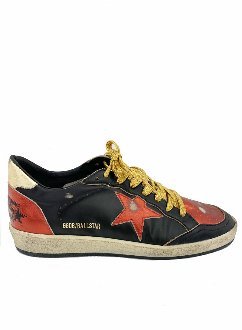 GOLDEN GOOSE | Low-Top Superstar Sneakers in Red, Black & Gold