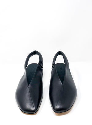 GRAY MATTERS | Laila Cushioned Slingback in Black/Red