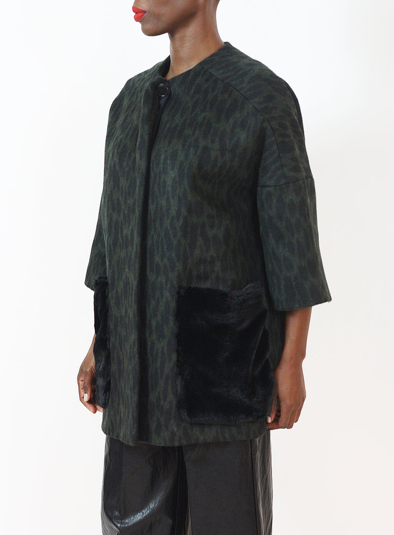 HELENE BERMAN | Collarless Kimono Jacket With Faux Fur Pockets