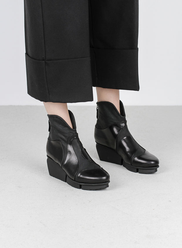 TRIPPEN | 'Marble F' Ankle Boot in Black
