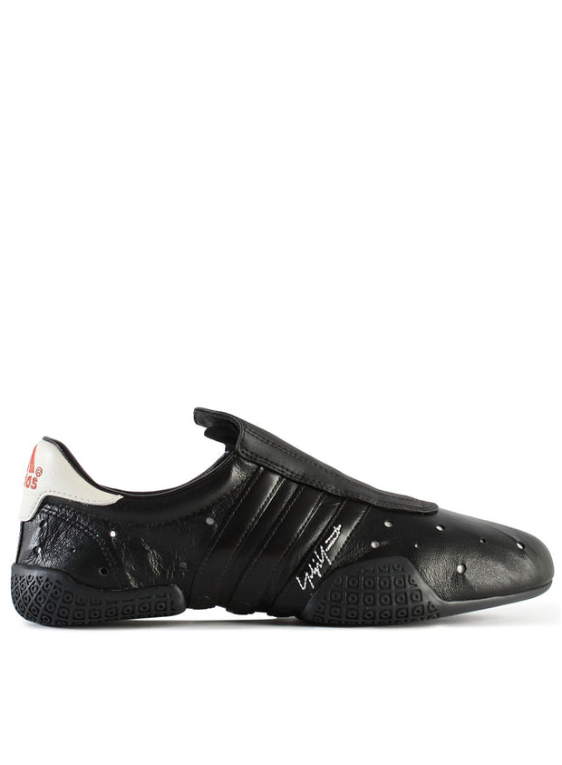 Y-3 | Regu Sneakers in Black
