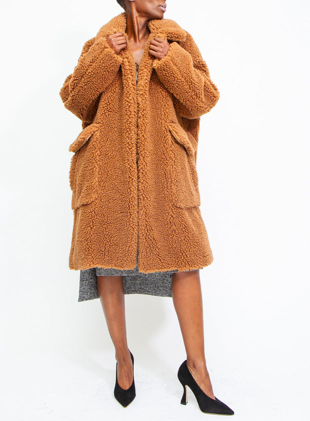 N°21 | Faux-Shearling Teddy Bear Coat