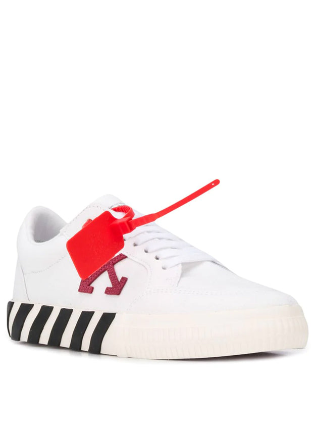 OFF-WHITE | Arrow Low Vulcanized Sneakers in White