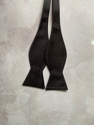 BLACK SELF TIE BOW TIES