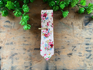 LIGHT PINK FLORAL SKINNY TIE