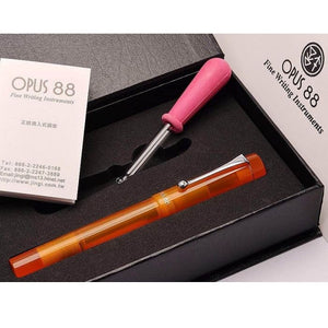Opus 88 Demonstrator Orange, EF Tip