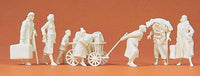 PREISER MILITARY # 16558 - REFUGEES - UNPAINTED