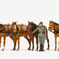PREISER MILITARY # 16597 - DRAUGHT HORSES WITH SOLDIERS
