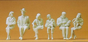 PREISER # 45179 - 1:22.5 (G) SCALE UNPAINTED SEATED FIGURES