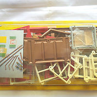 NOCH # 6727 - G SCALE BUILDING ACCESSORIES