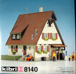 KIBRI # 8140 - RURAL HOUSE WITH FRONT GARDEN - HO Scale