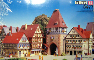 "KIBRI # 8477 - ""SCHWABIA"" STYLE HOMES W/CITY GATE - HO Scale"