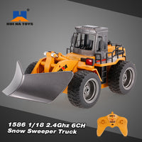 HUI NA TOYS # 1586 -  SNOW SWEEPER - 6 CH RC MODEL - 1:18 scale