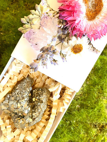 Crystal Gift Box, Geode Crystal Gift Box, Get Well Soon Crystal Gift Box, Self Care Package, Wellness Crystal Gift Box, Pyrite, Fools gold
