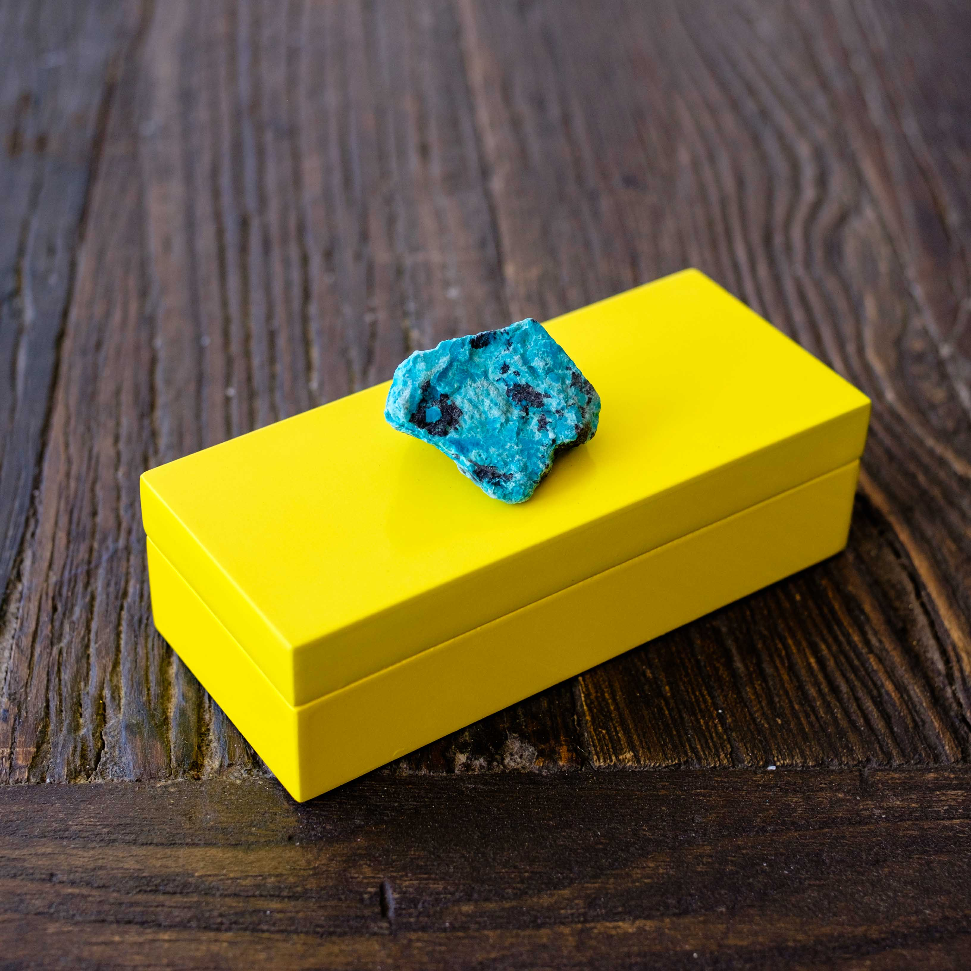 Small Yellow Lacquer Box with Azurite 2