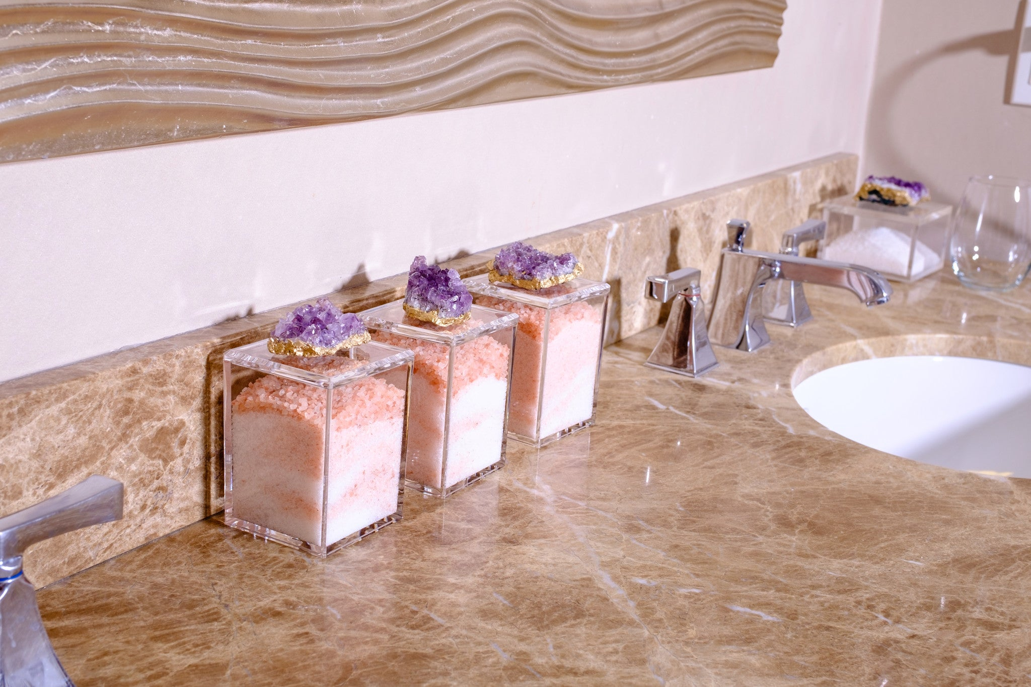 spa acrylic containers with amethyst for your bathsalts.