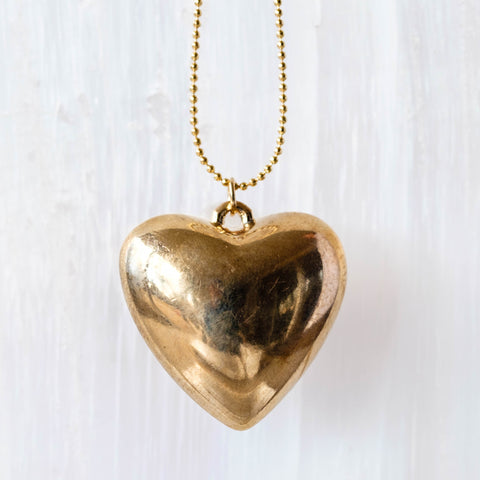 Gold heart necklace for your valentine.