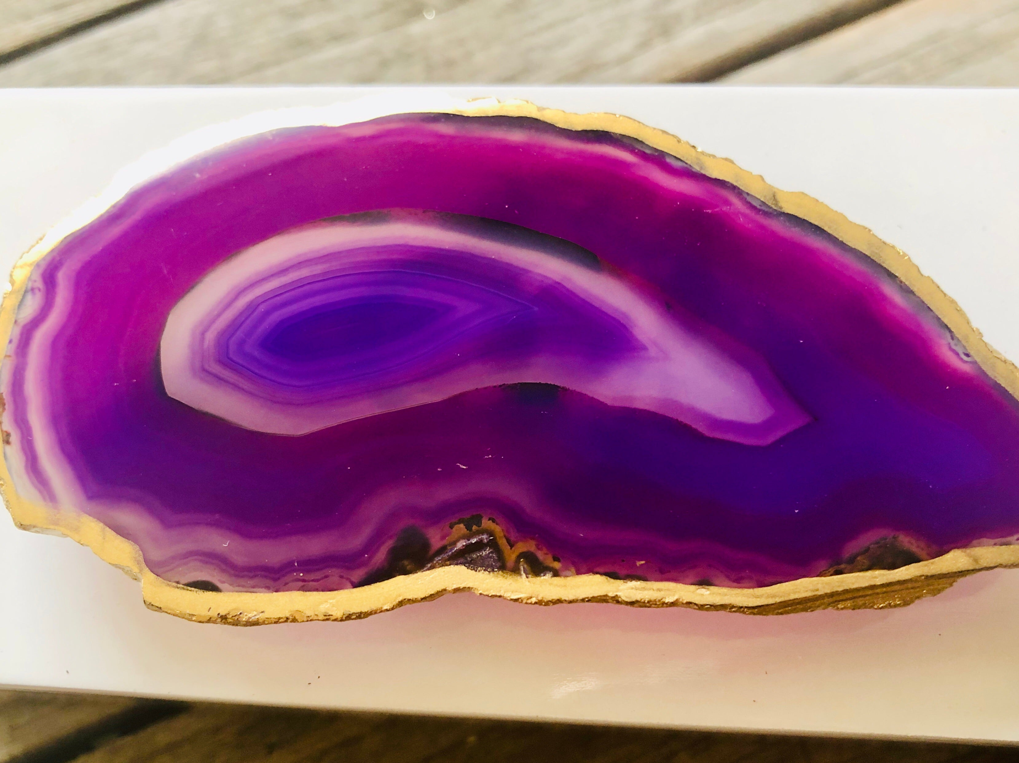 Small White Lacquer Box with Purple Agate