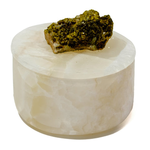 Small Round Onyx Box with Green Epidote Peridot Crystal