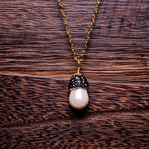 fresh water pearl with micro pave top pendant necklace.