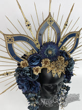 Load image into Gallery viewer, Blue Flower Headdress Headpiece