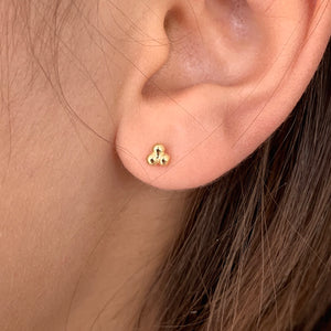 Dot pyramid gold or silver stud earrings
